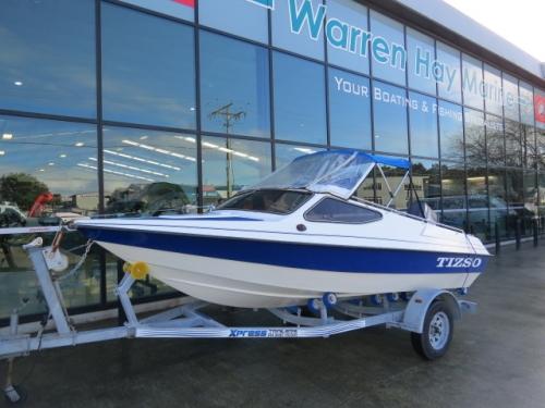 MantaSki boat