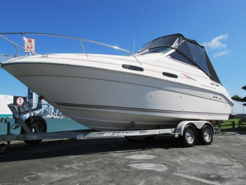 SeaRay 230 Sundancer