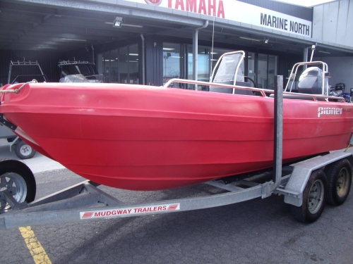 2013 Pioneer Cathedral Hull ( Multi hull Cat )