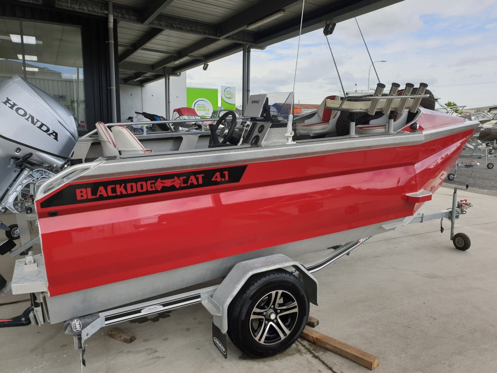 2018 Blackdog Cat 4.1 Side Console