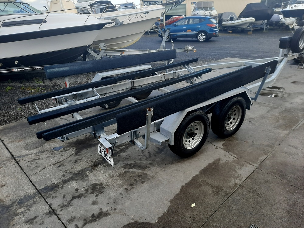 Boat trailer 26 ft