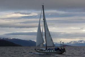 Robertson 42Ocean Cruiser
